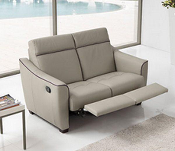 Divani relax posti idee per il design della casa for Divani e divani relax