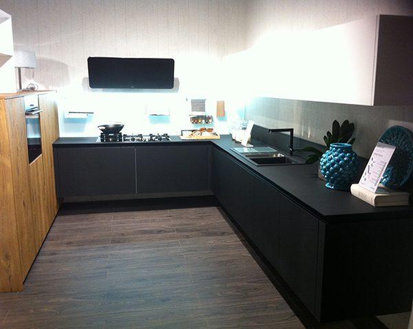Costo cucine lube idee di design per la casa - Cucine a basso costo ...
